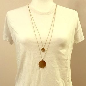 Long necklace set with gold pendants